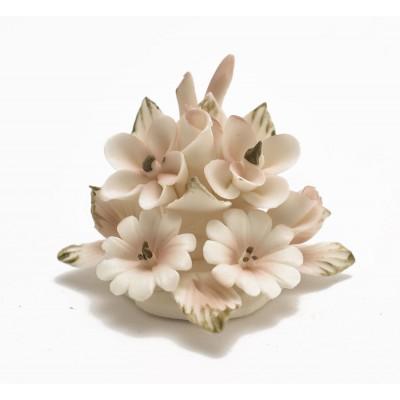 decorazione floreale in porcellana